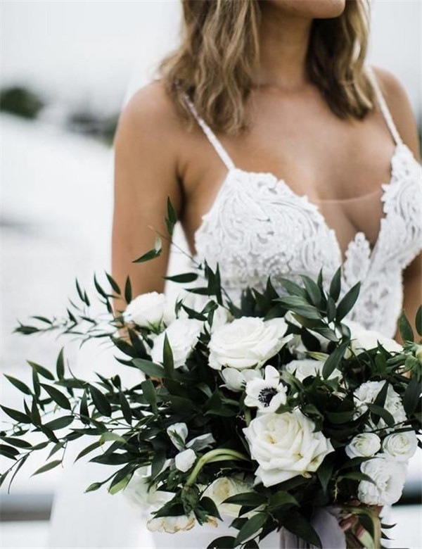 Bride Bouquets That Really Inspire