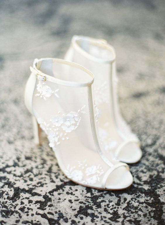 Floral Wedding Shoes Ideas to Inspire