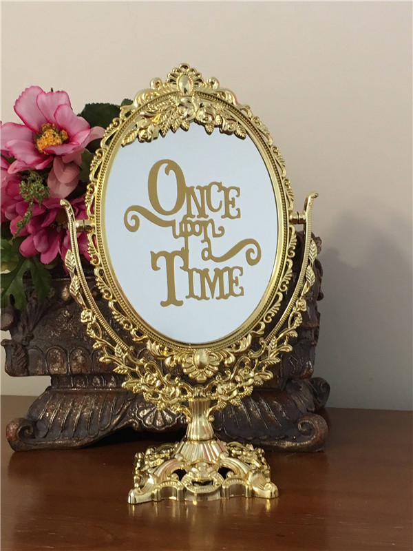 Timeless and Chic Wedding Mirror Sign Ideas