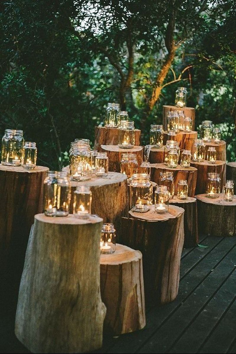 Ways to Incorporate Mason Jars into Your Wedding
