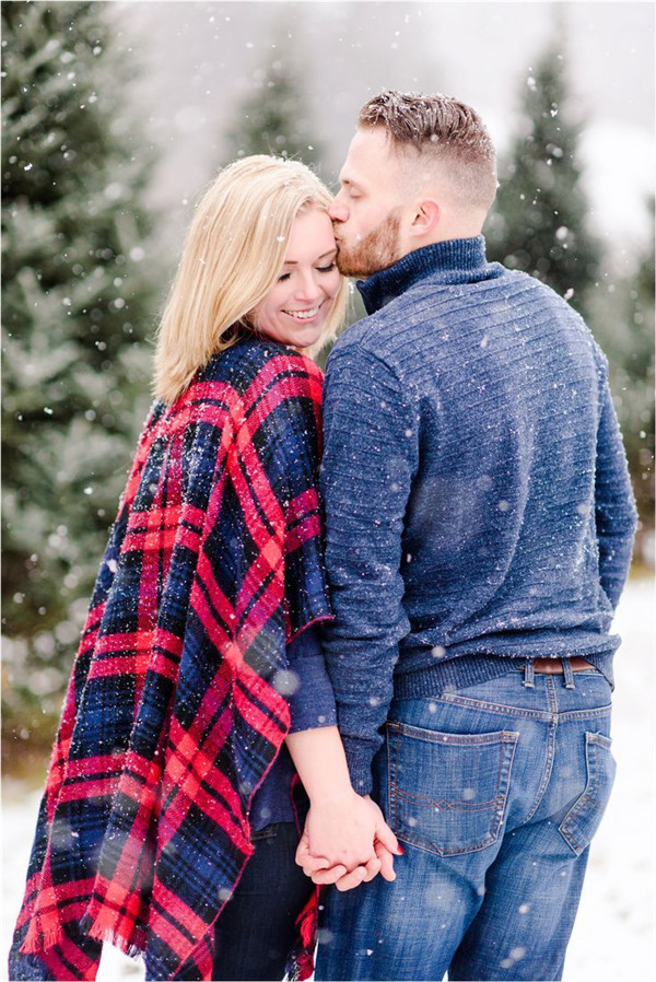 Winter Engagement Photos In Different Styles